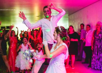 casamento-em-florianopolis-fotos-de-casamento-diego-campos-monique-e-tiago-100